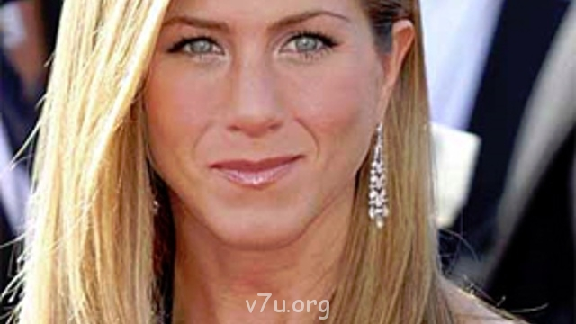 jennifer_aniston_face_300x400.jpg