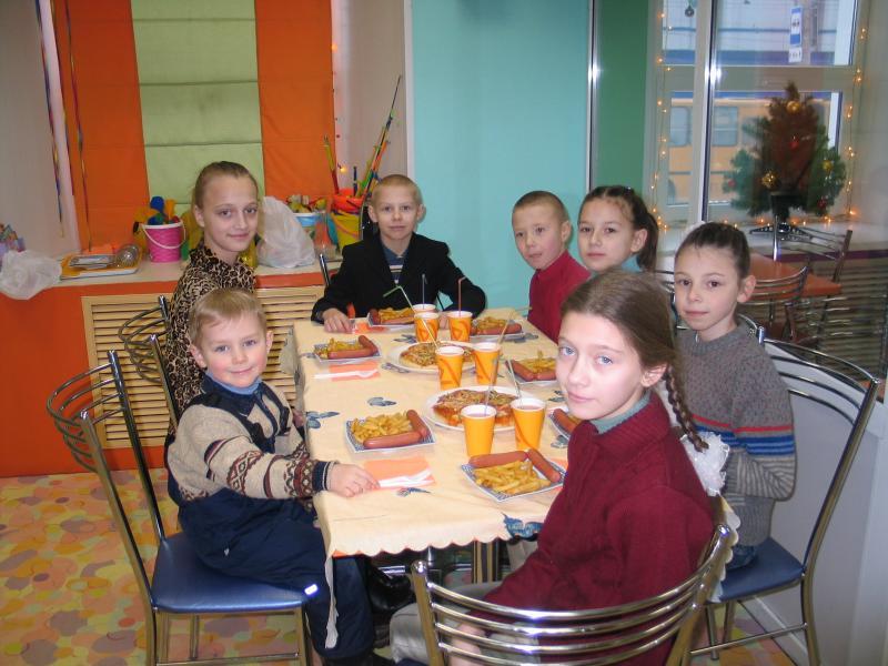 Дети в специальном детском кафе. - IMG_2653.jpg