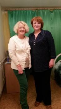 А это мы с Оксаной в гостинице во время ее первого приезда в Томск - 12825318_986197148154499_1039433932_n.jpg
